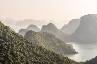 Carta da parati Halong Bay in Vietnam
