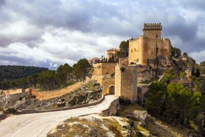 Carta da parati imponente castello medievale Alarcon, Spagna