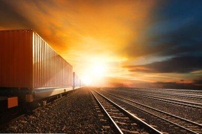 Carta da parati industria contenitore treni che circolano sulle ferrovie pista contro beau