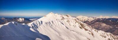 Carta da parati Inverno montagne panorama con piste da sci.