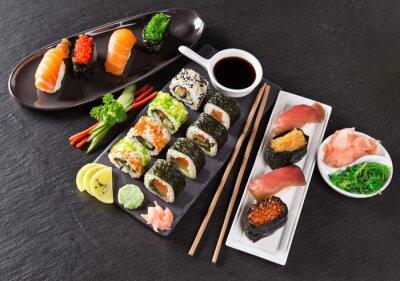Carta da parati Japanese seafood sushi set