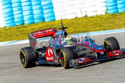 Carta da parati JEREZ DE LA FRONTERA, SPAGNA - 10 FEBBRAIO: Lewis Hamilton della McLaren F1 gare sulla sessione di allenamento il 10 febbraio 2012, a Jerez de la Frontera, Spagna