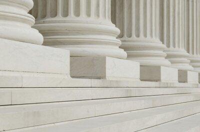 Carta da parati La fila di colonne classiche con gradini