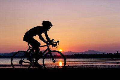 Carta da parati La gente in bicicletta in spiaggia
