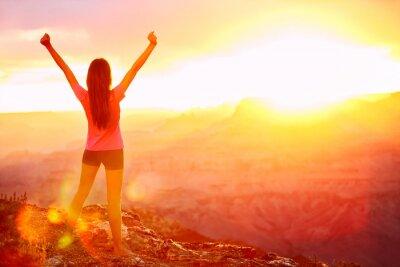 Carta da parati Libertà e avventura - donna felice, Grand Canyon