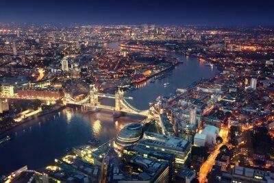 Carta da parati Londra di notte con le architetture urbane e Tower Bridge