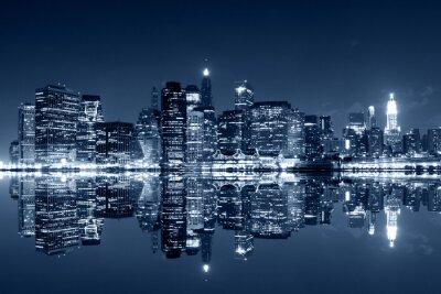 Carta da parati Manhattan di notte con riflessioni sul fiume Harlem