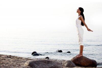 Carta da parati meditazione sulla spiaggia di sabbia