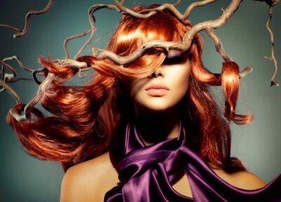 Carta da parati Modella Ritratto della donna con lunghi capelli rossi ricci