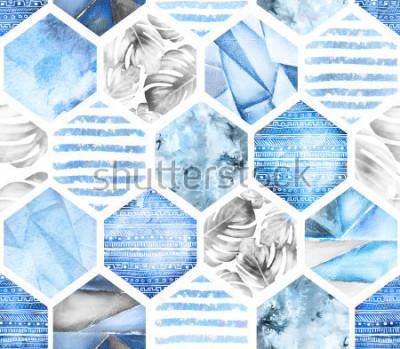 Carta da parati modello senza cuciture geometrico blu su fondo bianco. Esagono astratto dell'acquerello con foglie di monstera, strisce. struttura del grunge. Illustrazione di estate dipinte a mano. Stile marino