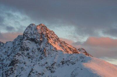 Carta da parati Mountain tramonto panorama in inverno in Alti Tatra - Swinica picco polacco - confine slovacco
