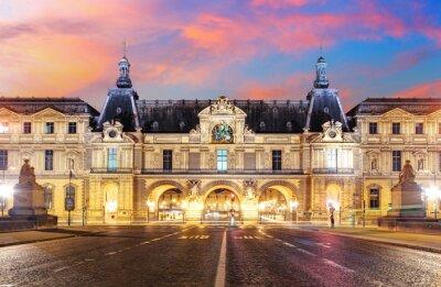 Carta da parati Museo del Louvre a Parigi, al sorgere del sole, Francia