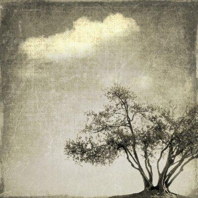 Carta da parati paesaggio surreale con singolo albero in tonalità seppia