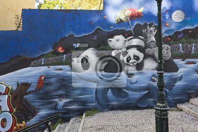 Carta da parati Panda Graffiti a Lisbona, in Calçada do Lavra pubblica via
