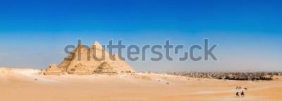 Carta da parati Panorama della zona con le grandi piramidi di Giza, in Egitto