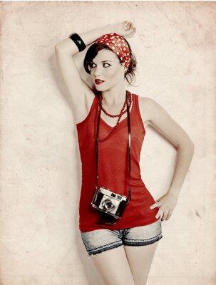 Carta da parati Pin-up girl con una macchina fotografica