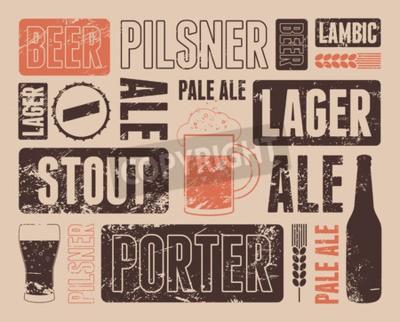 Carta da parati poster retrò birra grunge tipografica. Illustrazione vettoriale.