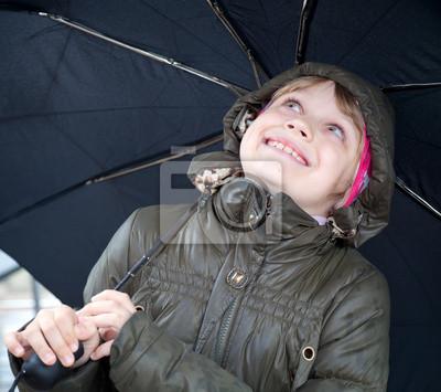 Carta da parati Ritratto di una bambina bionda sorridente con l'ombrello