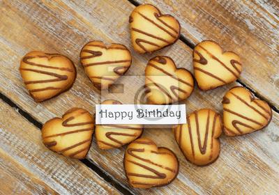 Scheda Di Buon Compleanno Con I Biscotti A Forma Di Cuore Su Carta
