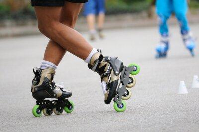 Carta da parati Skater in piedi stand-by per la formazione, l'azione sport.