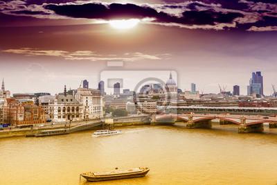 Carta da parati Skyline di Londra con sfondo Cattedrale di St. Paul