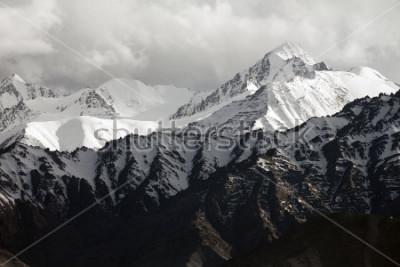 Carta da parati Snow mountain range, Leh Ladakh, India