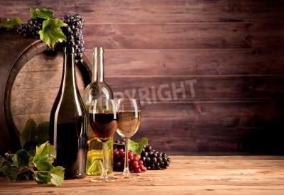 Carta da parati Still life di vino con fusto di legno
