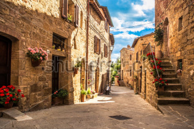 Carta da parati streets of Italian city, Tuscany, Italy