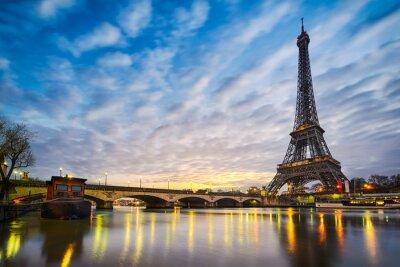 Carta da parati Sunrise at the Eiffel tower, Paris