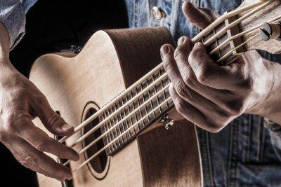 Carta da parati suonare il basso ukulele