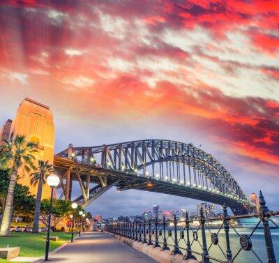 Carta da parati Sydney Harbour Bridge con un bel tramonto, NSW - Australia