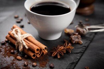 Carta da parati Tazza di caffè sul bordo di pietra
