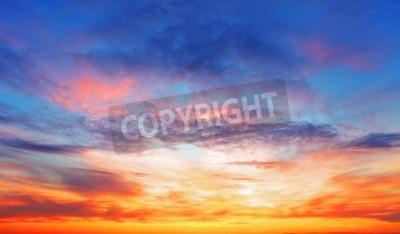 Carta da parati Texture di cielo della sera brillante durante il tramonto