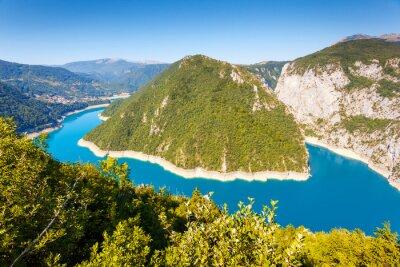 Carta da parati The Piva river in Montenegro