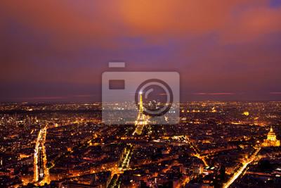 Carta da parati Torre Eiffel vista da sopra dopo il tramonto