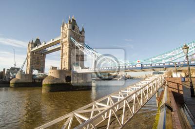 Carta da parati Tower Bridge e il fiume Tamigi a Londra