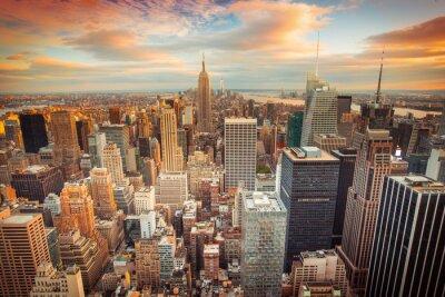 Carta da parati Tramonto vista di New York City che osserva sopra Manhattan