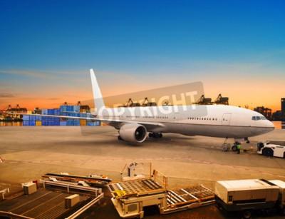 Carta da parati trasporto aereo e cargo merci carico di trading in uso parcheggio contenitore aeroporto per l'industria della logistica del trasporto aereo e il trasporto