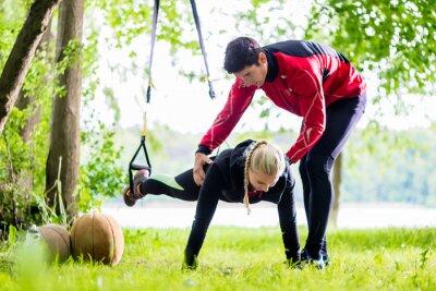 Carta da parati Und Fitness Sport - Formazione Paar beim Sling