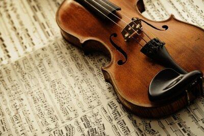 Carta da parati Vecchio e raro violino su un foglio di nota