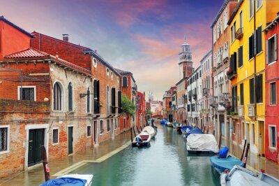 Carta da parati Venezia punto di riferimento, canale, le case colorate e le barche, Italia