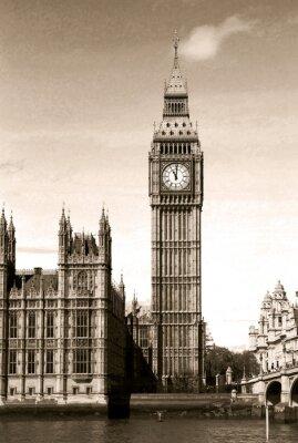 Carta da parati Vintage vista su Big Ben torre dell'orologio di Londra. Seppia tonica.