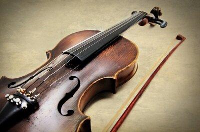 Carta da parati Violino classico su carta grunge.