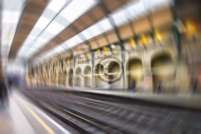 Carta da parati Vista offuscata di stazione della metropolitana di Londra