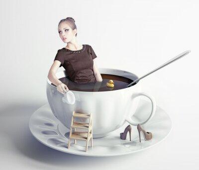 Carta da parati woman  in cup of coffee