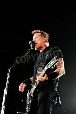 Poster 24 apr 2010 - Mosca, Russia - rock band americana Metallica esecuzione dal vivo allo stadio Olimpiysky.