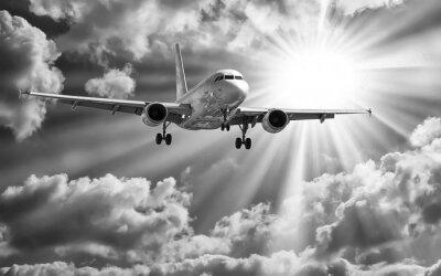 Poster Aereo passeggeri decollare da piste contro il bel nuvoloso s