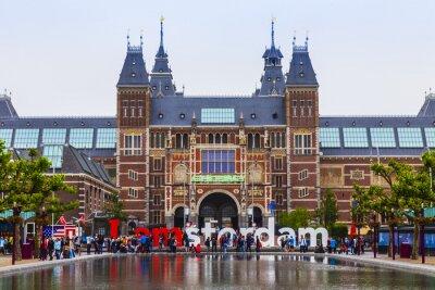 Poster Amsterdam, Paesi Bassi. La piazza di fronte al Museo di Stato
