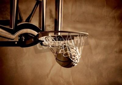 Poster Azione colpo di pallacanestro attraversando basket cerchio e netto