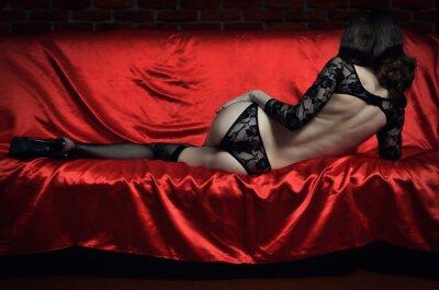 Poster Bella e giovane donna sexy in lingerie erotica e calze